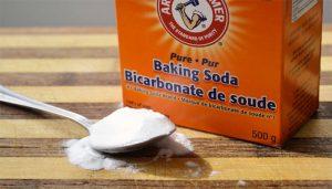 Làm sạch đệm bằng tinh dầu và backing soda
